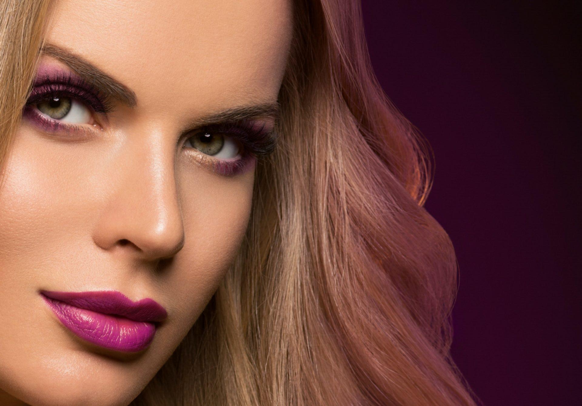 beautiful-blonde-woman-hairstyle-long-smooth-curly-hair-fashion-makeup.jpg