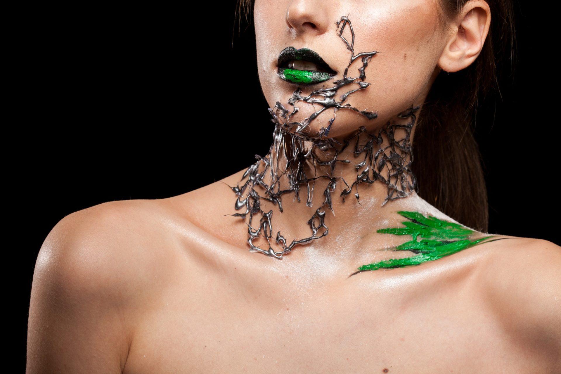 model-posing-in-studio-with-fashion-make-up.jpg